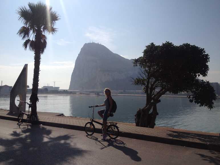 Gibraltar 36ºN  5º E